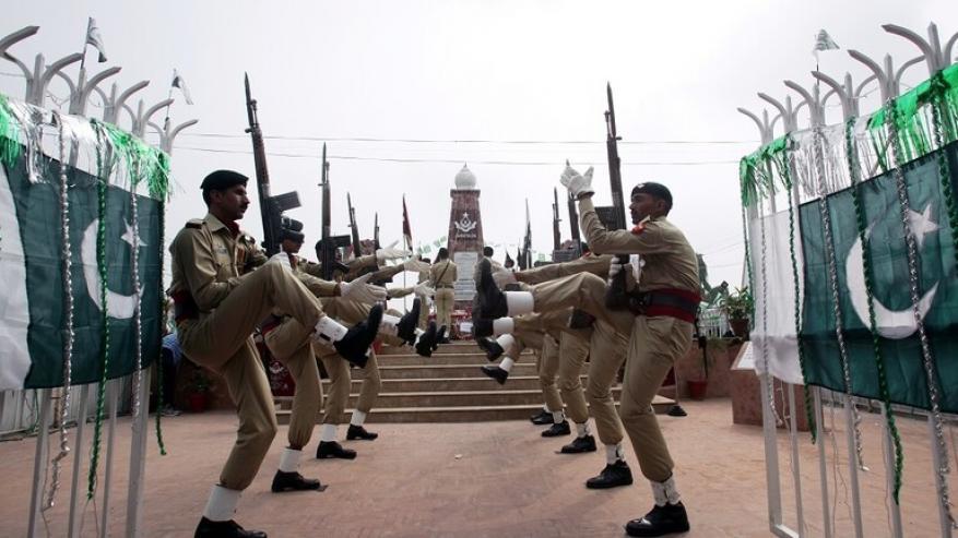 """باكستان تعاقب أفرادا بالجيش بعد فرار عضو بارز في """"طالبان"""""""