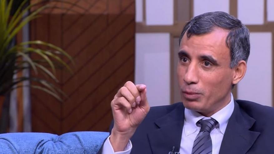 عالم مصري يكتشف علاجًا جديدًا للسرطان.. واليابان تسجل براءة الاختراع
