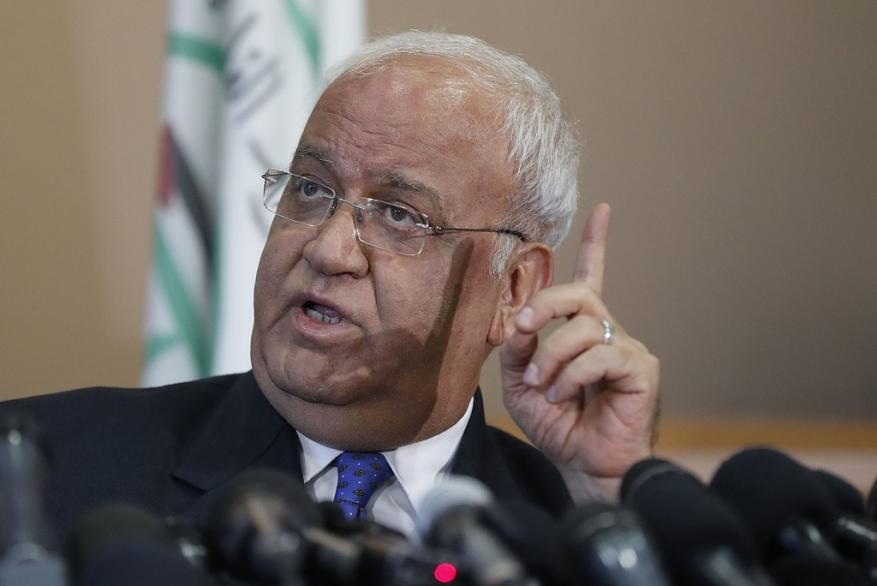 """""""أنا عاطل عن العمل منذ وقف المفاوضات"""".. عريقات: أقول لزملائي الإسرائيليين إذا لم نساعد أنفسنا فلن يساعدنا أحد"""
