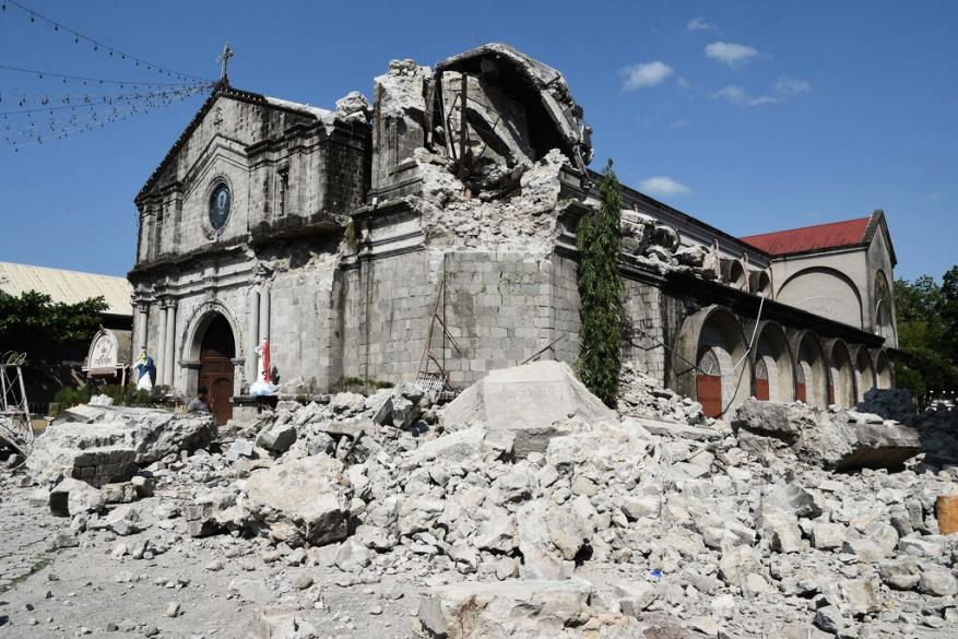زلزال ثان يضرب الفلبين وسقوط قتلى وجرحى