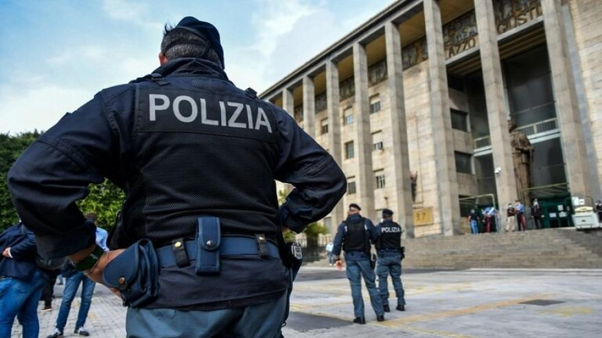 """إيطاليا.. قتيلان في نابولي بسبب ساعة """"رولكس"""""""