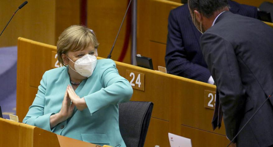 ميركل: جائحة كورونا ستتفاقم واللقاح أساسي لعودة الحياة إلى طبيعتها