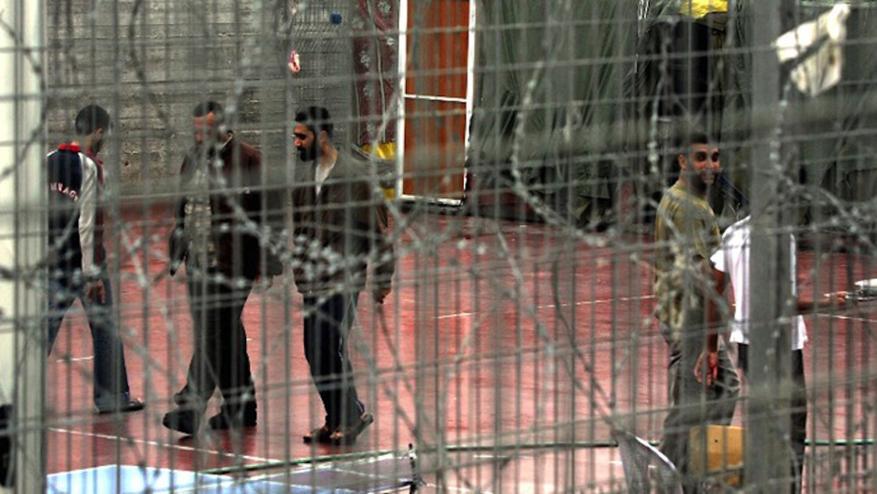 1750 أسيرا في سجون الاحتلال دون أحكام.. و544 يقضون أحكاما بالمؤبد