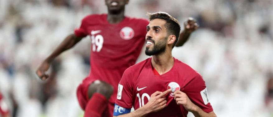 الإمارات تحتجز بريطانياً ارتدى قميص قطر بكأس آسيا