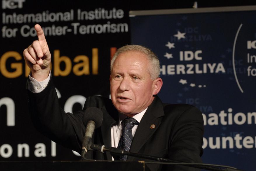 رئيس الشاباك السابق: يجب شن عملية برية إسرائيلية في غزة تستمر ثلاث سنوات