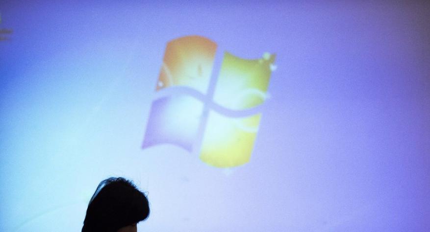 """""""مايكروسوفت"""" تعلن ارتفاع قيمتها السوقية إلى تريليون دولار"""