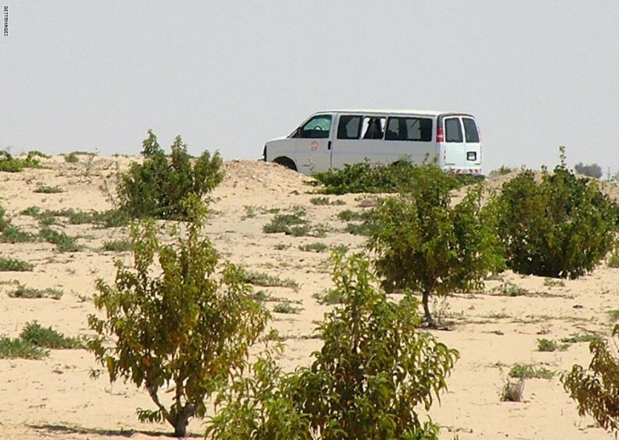 جيش الاحتلال دخل سيناء لنقل جندي أمريكي بعد تحطم مروحية لقوات حفظ السلام أسفرت عن 8 قتلى