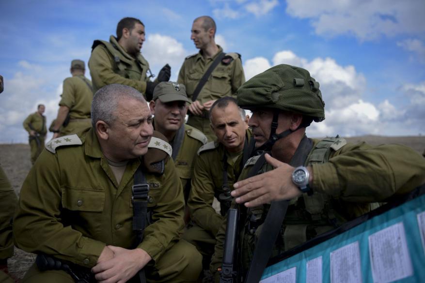 هآرتس: إيزنكوت أكد للحكومة أن الجيش في حالة استعداد تام للحرب