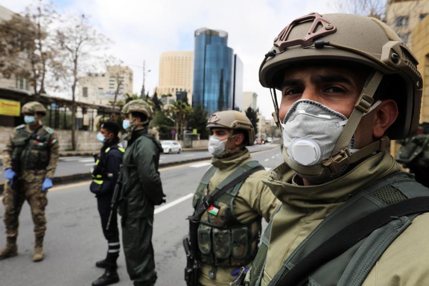 """الجيش الأردني يحذر """"المستهترين"""" ويعلن تطبيق أمر دفاع رقم 2"""