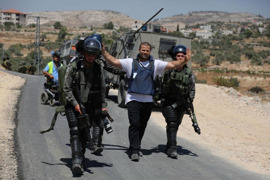 """""""لجنة دعم الصحفيين"""" تطالب المؤسسات الدولية بالضغط على لاحتلال للإفراج عن 22 صحافياً فلسطينياً"""