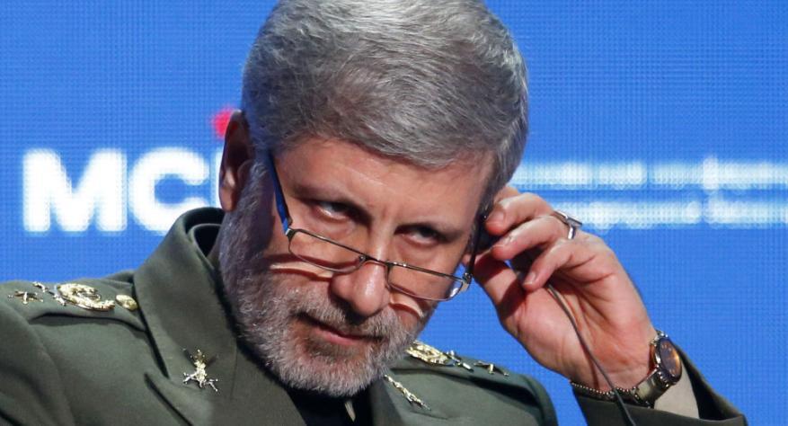 """""""استهداف العمق"""".. وزير الدفاع الايراني يفاجئ السعودية وأمريكا بشأن حرب اليمن"""