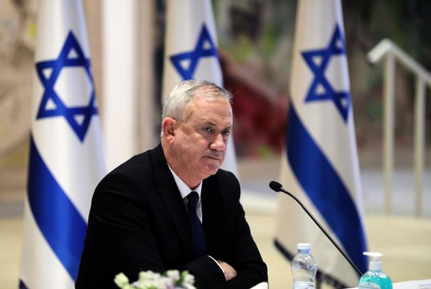 غانتس: سنرد على أي عمل ضد إسرائيل بالزمان والمكان المناسبين
