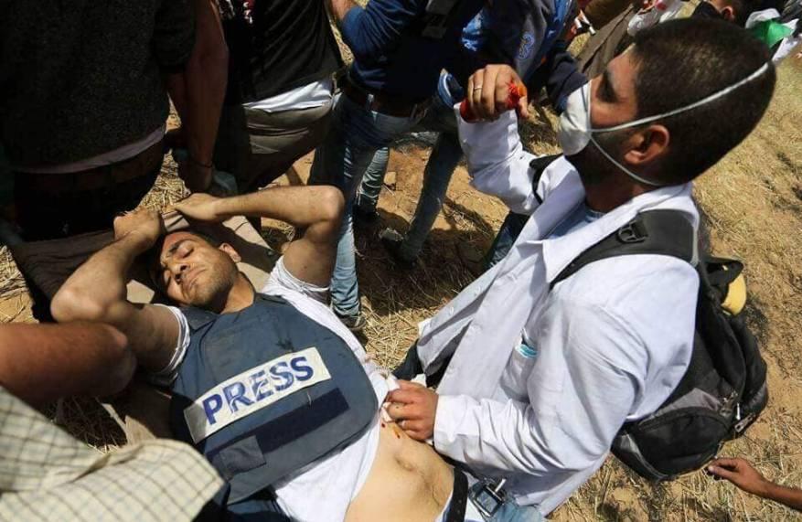 """""""الأورومتوسطي"""" يرسل شكوى عاجلة للأمم المتحدة حول استهداف الصحفيين بغزة"""