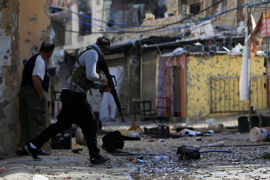 صحيفة: مطلوبو عين الحلوة يستغلون انشغال الأمن اللبناني للفرار إلى تركيا