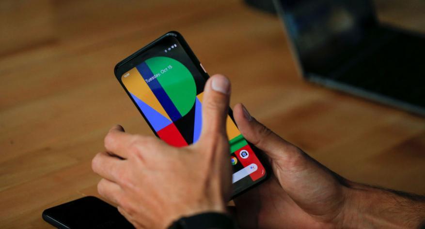 """نظام جديد في هواتف """"غوغل"""" لا يحتاج لاستخدام اليدين"""