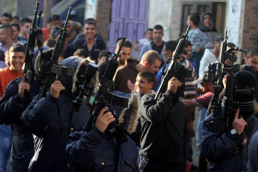 الجبهة الشعبية: على السلطة لجم سلاح الأجهزة الأمنية واحترام كرامة وحقوق شعبنا