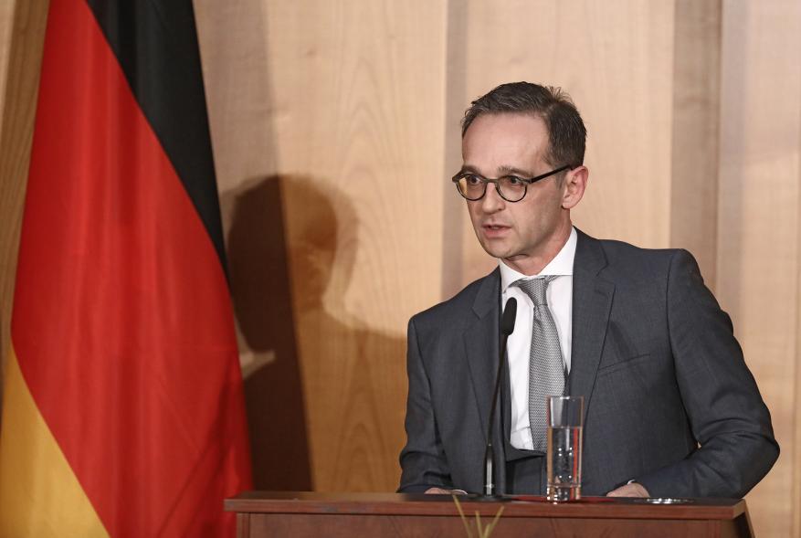 """وزير الخارجية الألماني يحذر من """"كارثة إنسانية"""" باليمن حال فشلت مشاورات السويد"""