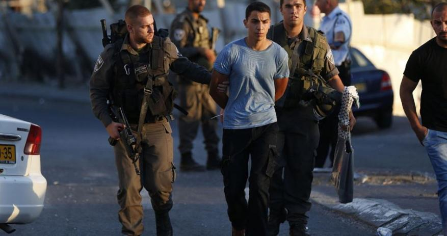 Minors among 22 Palestinians abducted in West Bank raids