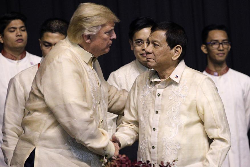 ترامب ينهي جولته الآسيوية ويصفها بالناجحة