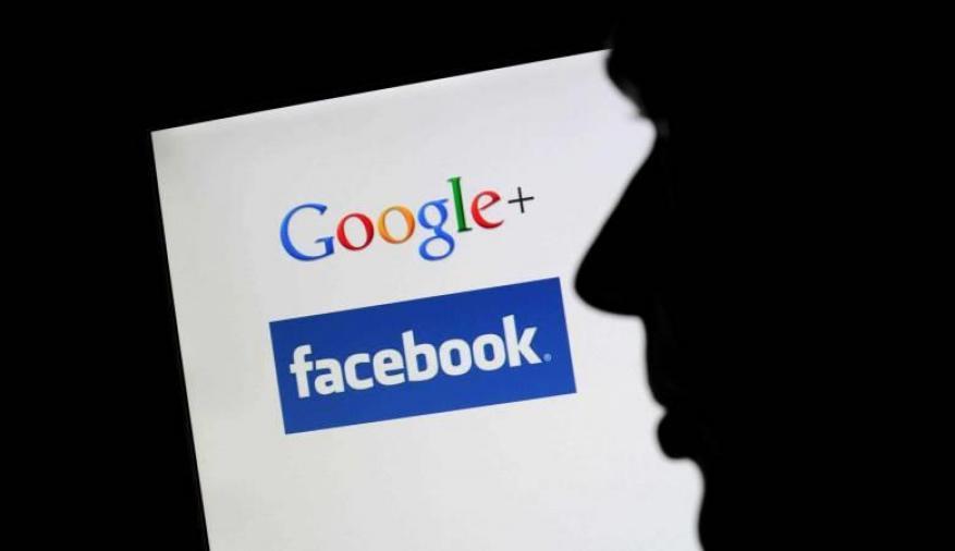 فوضى الإنترنت.. هل يجعلنا جوجل وفيسبوك أغبياء؟