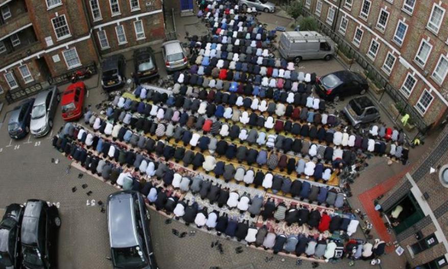 تحديد أول أيام شهر رمضان في أوروبا