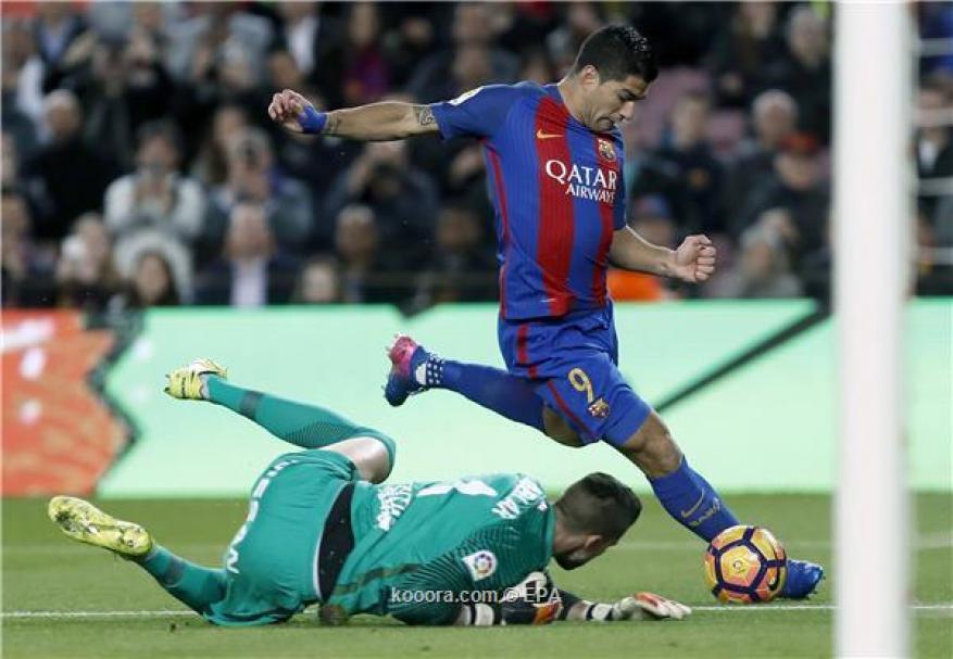 برشلونة يضرب بسداسية ويتسيّد الدوري الإسباني