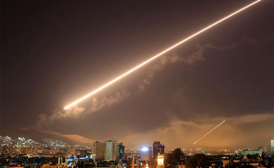سانا: قصف إسرائيلي برشقات من الصواريخ استهدف محيط حماة