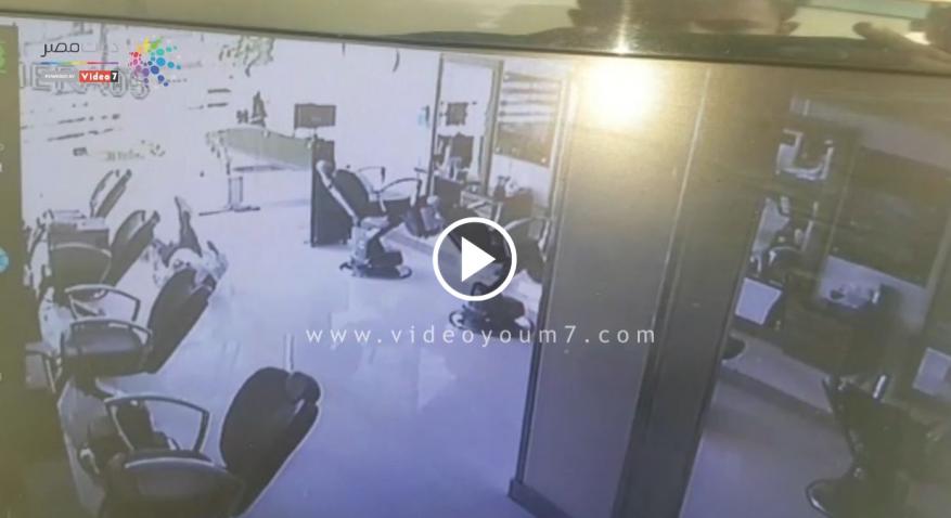 """حدث في مصر.. """"شاهد"""" لحظة وفاة لص بعد ثوان من عملية سرقة !"""