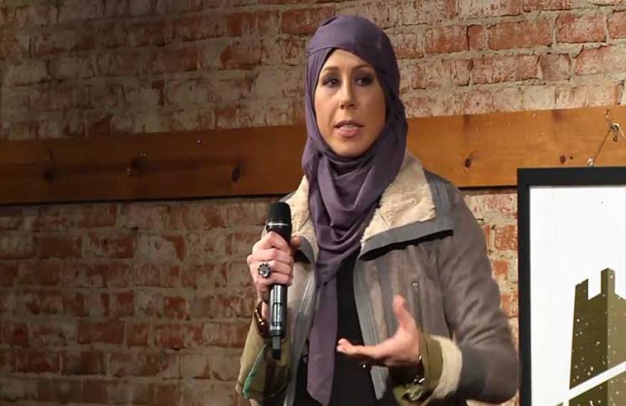 مسلمة مرشحة لمنصب عمدة مدينة أمريكية تتلقى تهديدًا بالقتل