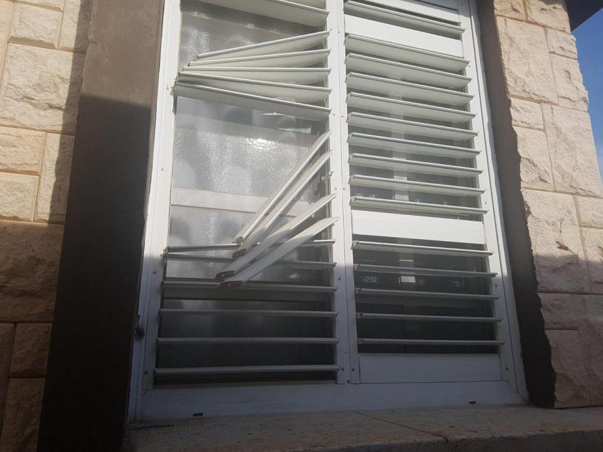 الاحتلال: تضرر 6 منازل بمستوطنة سديروت نتيجة إطلاق نار من غزة بينهم منزل رئيس المستوطنة