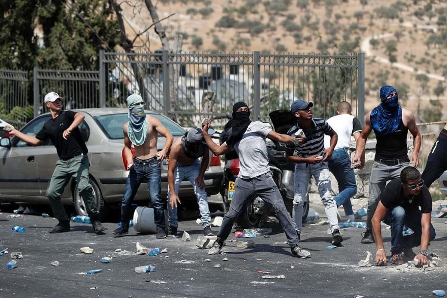 معاريف: اسرائيل تخشى تبعات تغيير الوضع القائم  في الأقصى