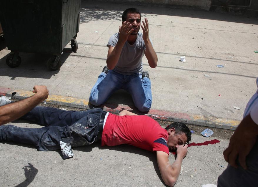 شهيد وإصابة صحفي برصاص مستوطن في نابلس