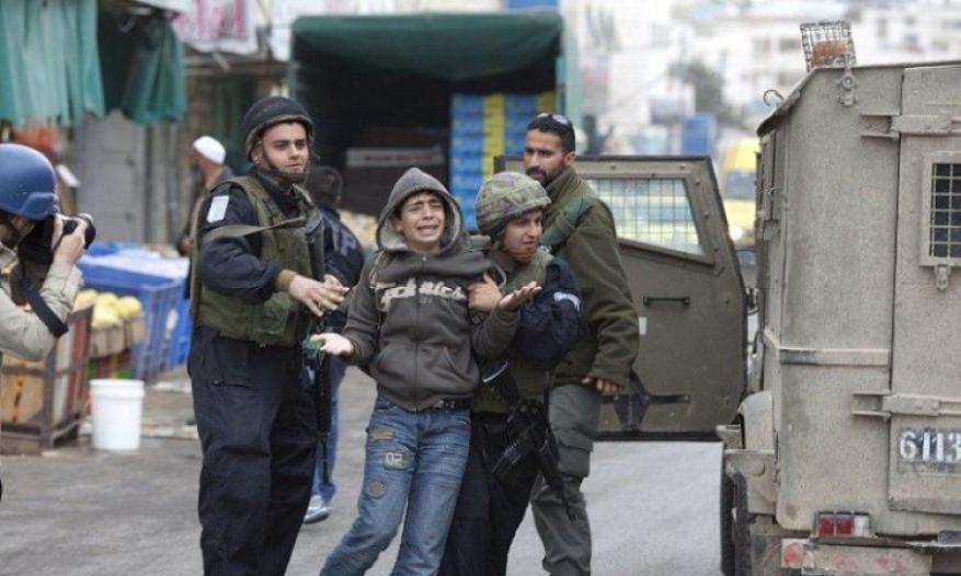 """الاحتلال فرض غرامات باهظة بحق 69 طفلا بسجن """"عوفر"""" الشهر الماضي"""