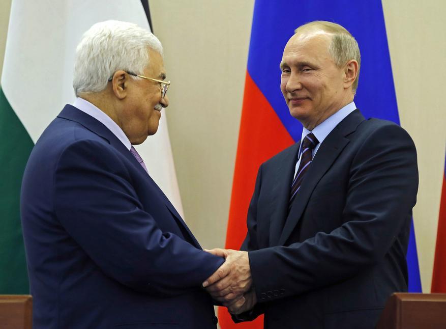 محمود عباس يزور روسيا.. هذا ما سيبحثه مع بوتين