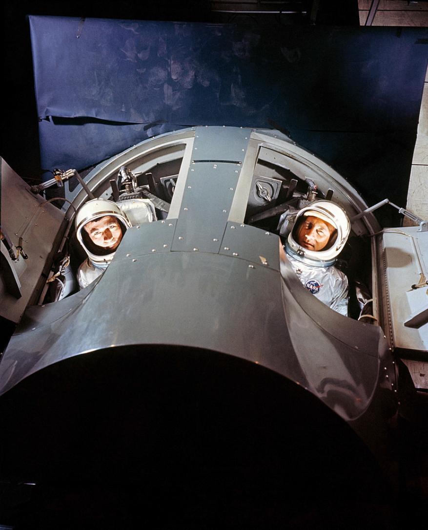 """طعام روّاد الفضاء واستحمامهم ورواتبهم.. إليك حقائق مثيرة عن """"مرتادي الفضاء"""""""