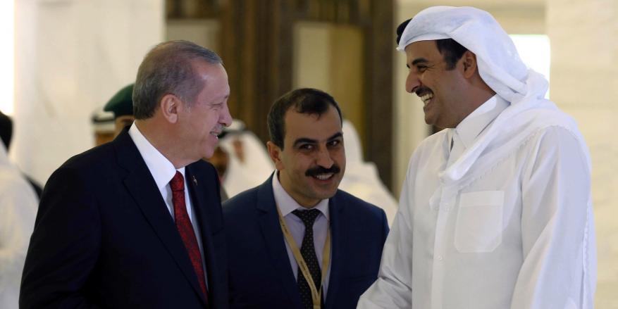هل تتجه قطر لإيران وتركيا بعد حصارها خليجياً؟