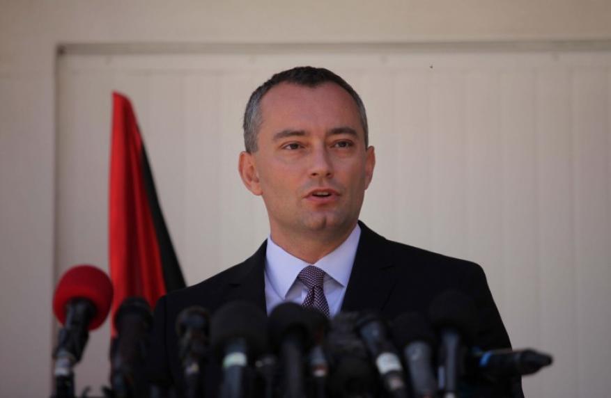 """""""ملادينوف"""": تسلم السلطة للمعابر يزيد الدعم الدولي لإعادة إعمار غزة"""