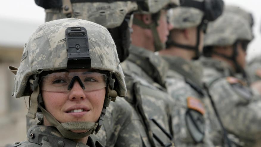 الجيش الأمريكي يسمح بنشر الصور العارية للمجندات