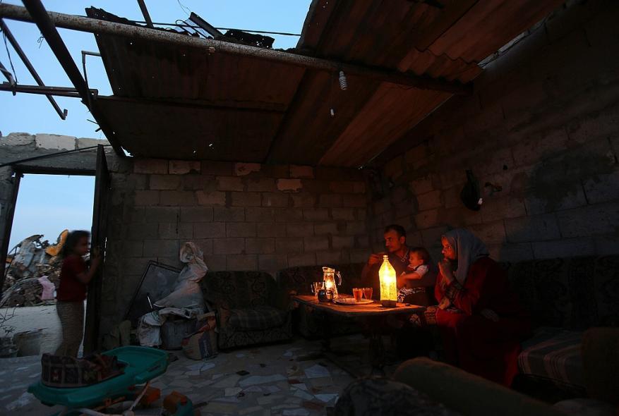 رمضان العام ثقيل بالأزمات على أهل غزة