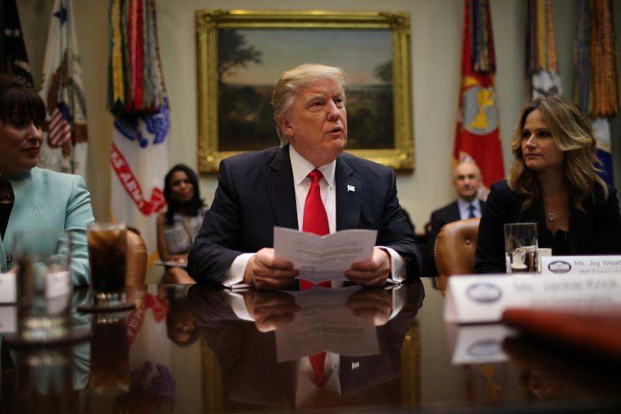 واشنطن بوست: من المتوقع أن يخضع ترامب للاستجواب الأسابيع المقبلة