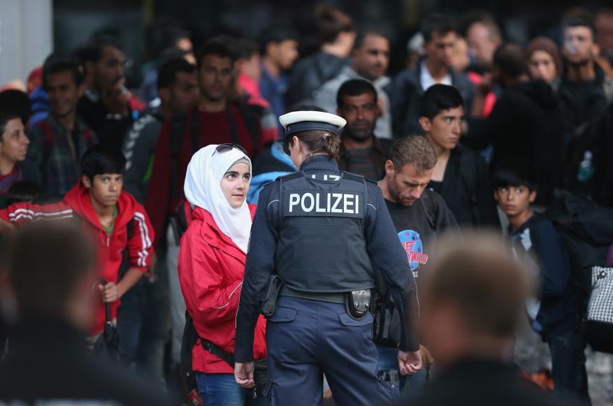 اليمين المتطرف .. إلى أين يأخذ أوروبا ؟