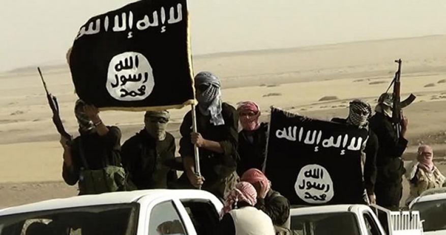 إصابة أربعة لاجئين فلسطينيين بقصف لداعش في ريف درعا