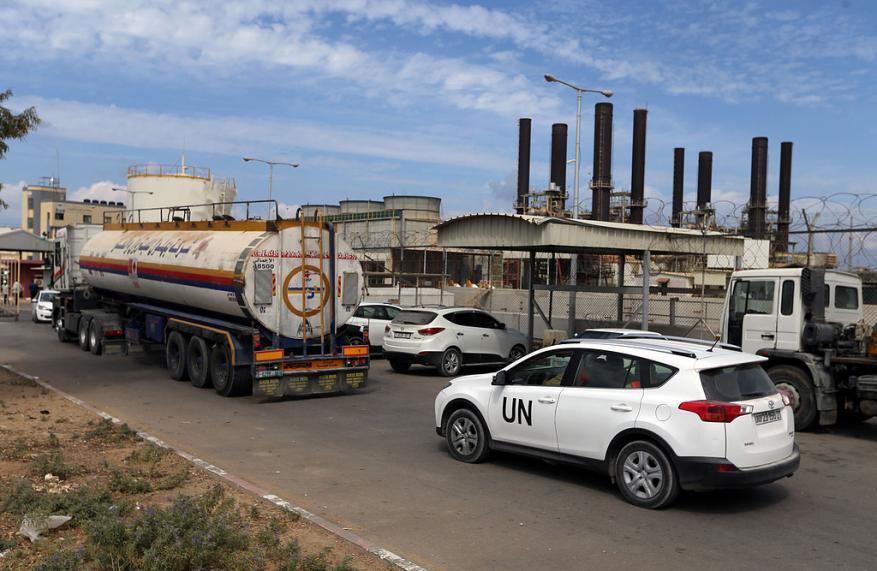 حماس لشهاب: منحة الوقود القطرية وصلت غزة رغم تهديدات السلطة