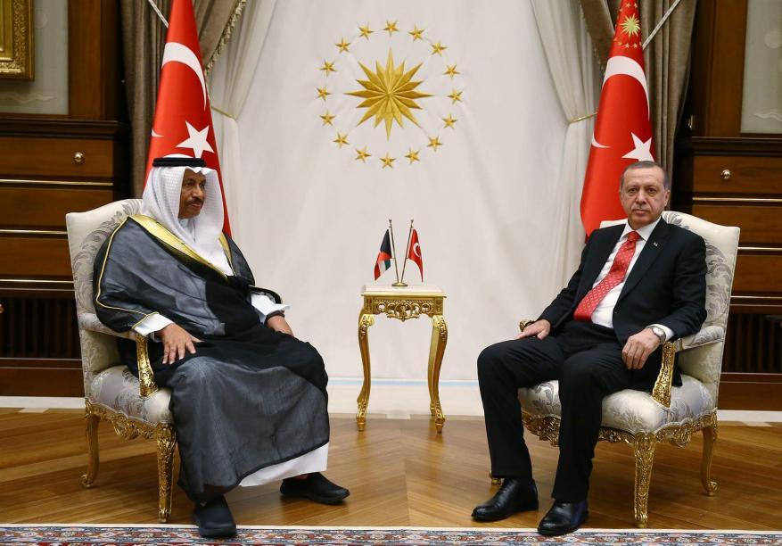 أردوغان يعقد اجتماعاً مغلقاً مع رئيس وزراء الكويت