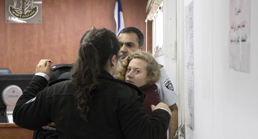 الاتحاد الأوروبي يُعرب عن قلقه من اعتقال التميمي والجنيدي