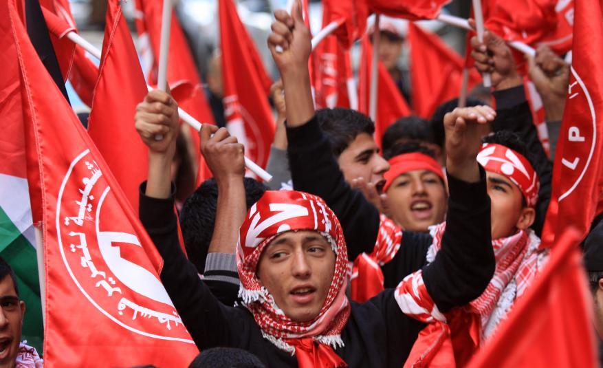 الجبهة الشعبية تدعو الحكومة لضرورة تخفيف معاناة سكان غزة