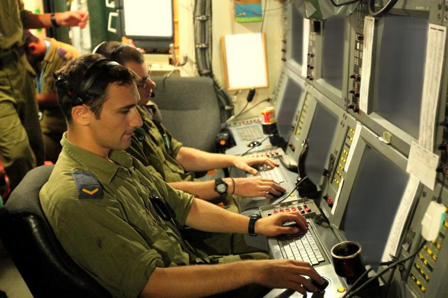 """صحيفة عبرية: خشية أمنية إسرائيلية من استثمار إيران وحزب الله مجال """"السايبر"""""""