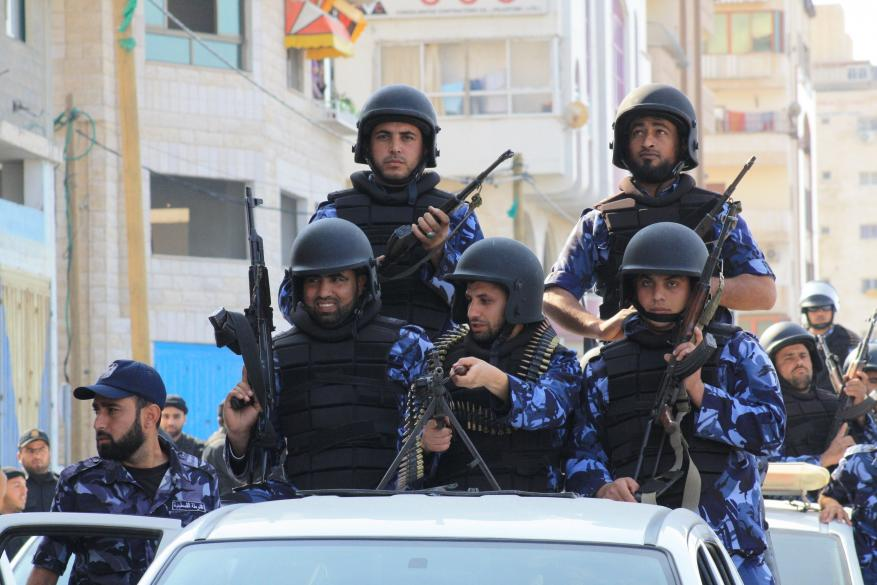 """هل اعتدت الشرطة في غزة على الحاجة """"وشاح"""" في البريج؟"""