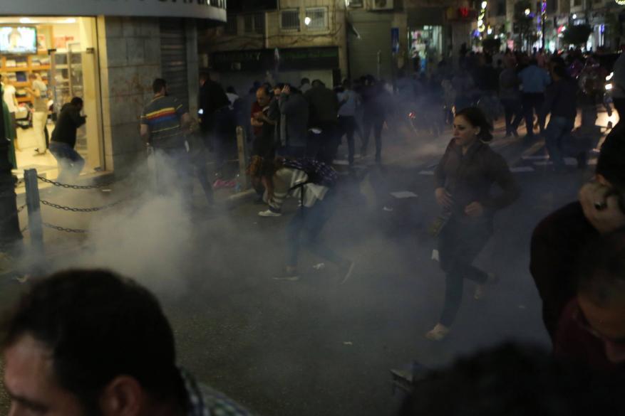 """التجمع الإعلامي: اعتداء أمن السلطة على الصحفيين """"وصمة عار"""" ومحاولة فاشلة لكتم الحريات"""