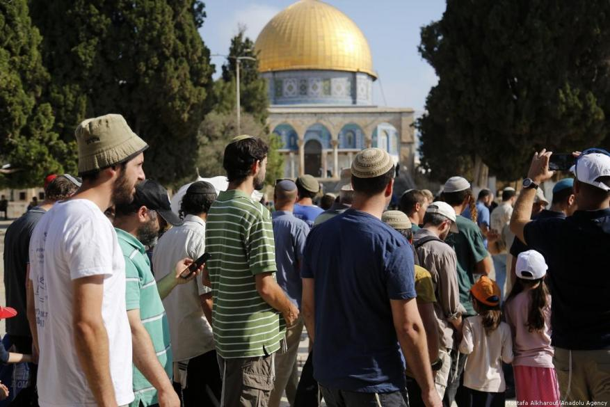 Report: 101 Israel violations against Palestinian holy sites
